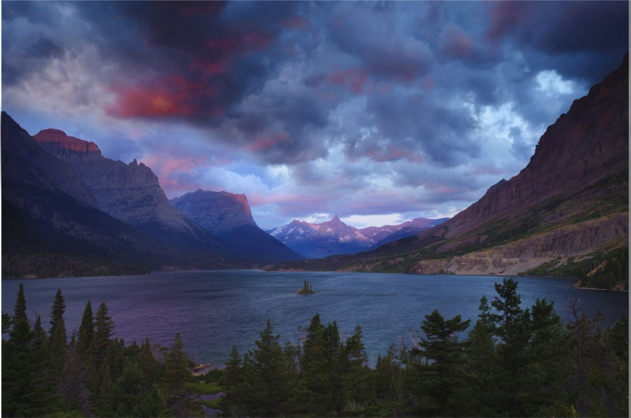 Sunrise at Wild Goose Island in Glacier National Park, MT